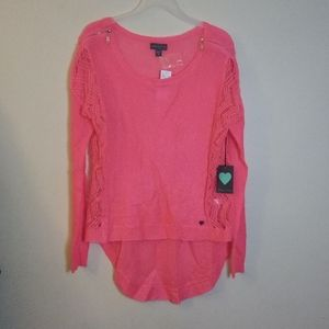 Kendall and Kylie high low sweater
